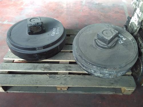 IDLER WHEEL FITS FIAT HITACHI EX255