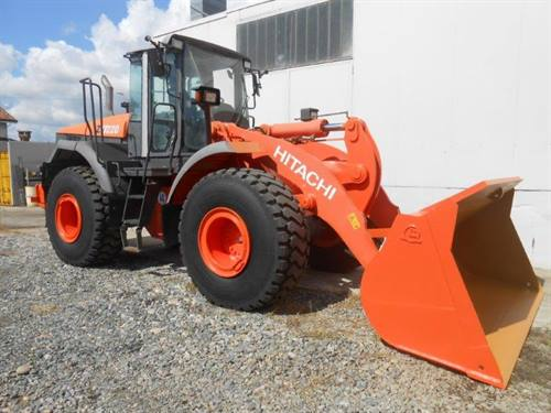 HITACHI ZW220 WHEEL LOADER