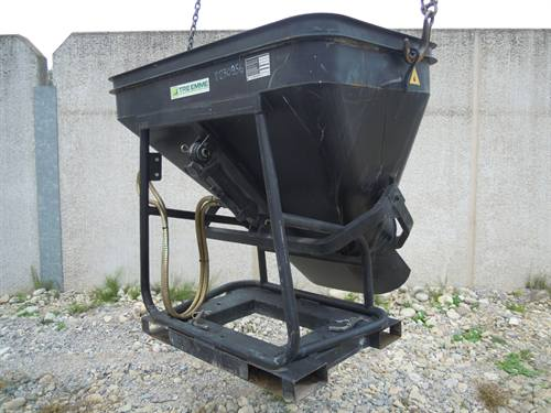 CONCRETE BUCKET