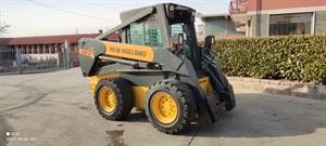 NEW HOLLAND LS185B SKID STEER LOADER