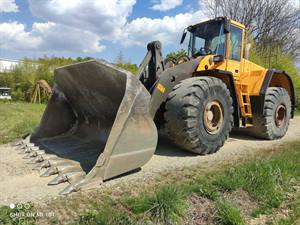 VOLVO L220E WHEEL LOADER